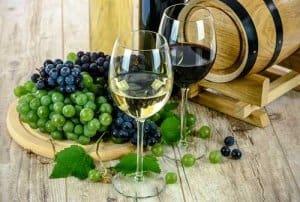 Mini Kühlschrank Für Wein : ᐅ wein richtig lagern was muss man beachten tipps für die