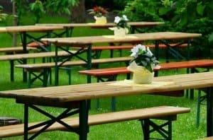 Bierzeltgarnitur - für Sommerparty bestens geeignet