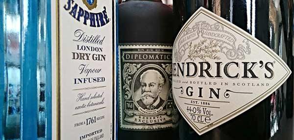 Für einen Cocktail aus Gin stehen viele Gin-Sorten zur Auswahl